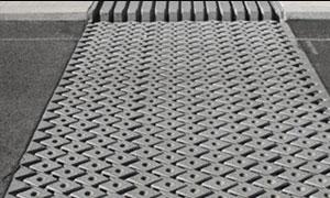 Mostní závěr lamelový